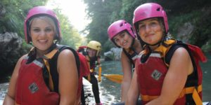 Gruppo ragazze rafting explorer lao Calabria