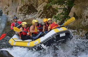 discese in gommone sul fiume la calabria parco pollino papasidero explorer rafting